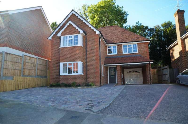 4 Bedrooms Detached House for sale in Durant Way, Tilehurst, Reading, Berkshire, RG31