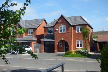 4 Bedrooms Detached House for sale in Sergeant Drive, Paddington, Warrington, Cheshire