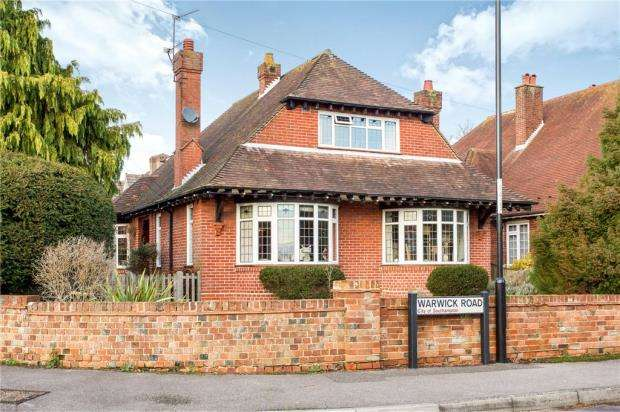 4 Bedrooms Detached House for sale in Melrose Road, Southampton, Hampshire