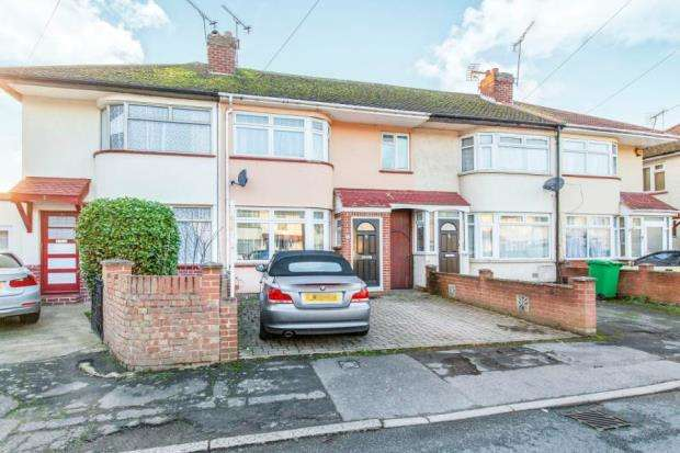 3 Bedrooms Terraced House for sale in Slough