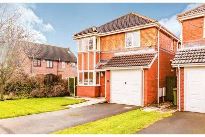 4 Bedrooms Detached House for sale in Rostrevor Road, Davenport, Stockport, Cheshire