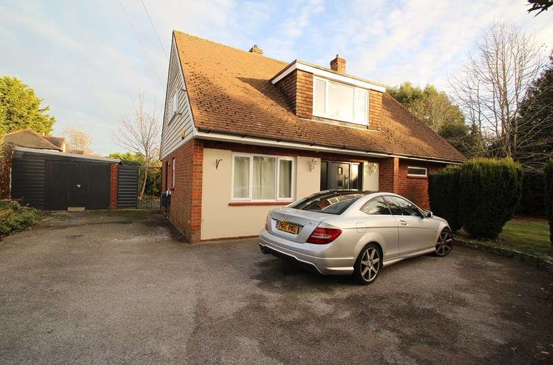 4 Bedrooms Detached House for sale in Harrison Road, Fareham