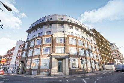 1 Bedroom Flat for sale in Point Red, 146 Midland Road, Luton, Bedfordshire