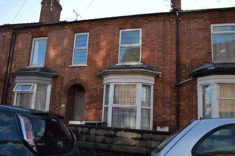 3 Bedrooms Terraced House for sale in Vernon Street, Lincoln