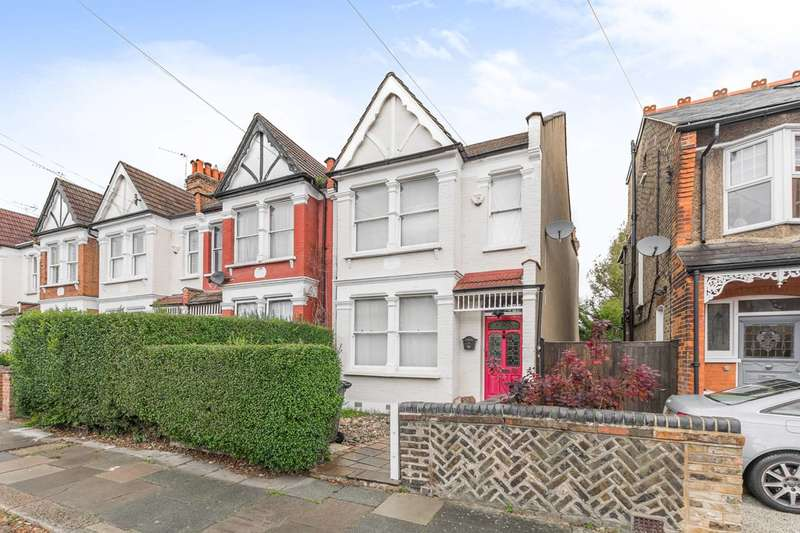 3 Bedrooms End Of Terrace House for sale in Goldsmith Road, Friern Barnet, N11