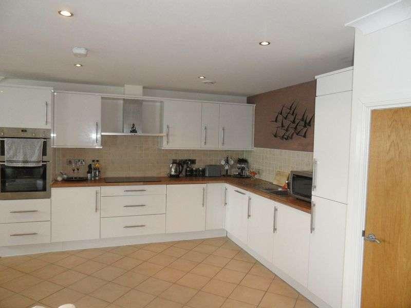 2 Bedrooms Property for sale in 9, Doc Fictoria, Caernarfon