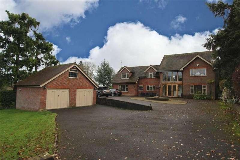 5 Bedrooms Detached House for sale in Broomfield Hill, Great Missenden, Bucks