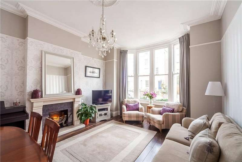 2 Bedrooms Flat for sale in West Park, Clifton, Bristol, BS8