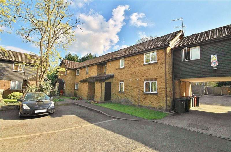 1 Bedroom Apartment Flat for sale in Albany Park, Colnbrook, SL3
