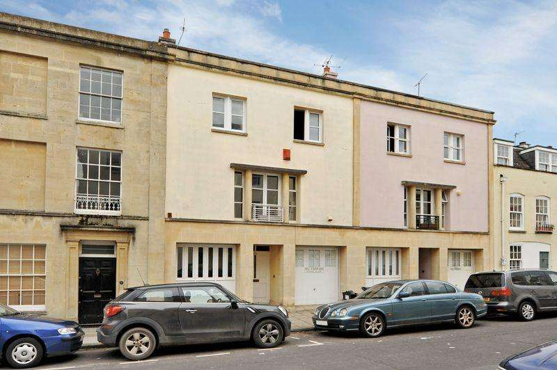 3 Bedrooms Terraced House for sale in Princess Victoria Street, Clifton Village, Bristol, BS8 4DB
