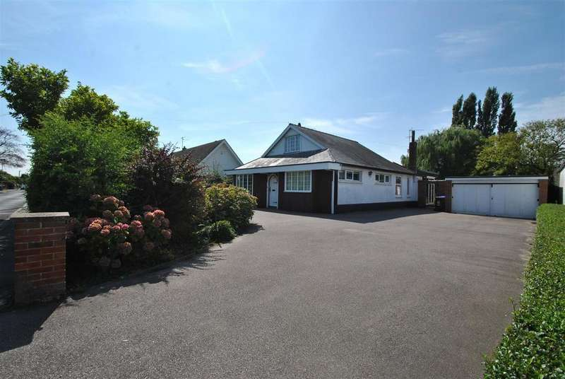 3 Bedrooms Detached Bungalow for sale in South Parade, Boston