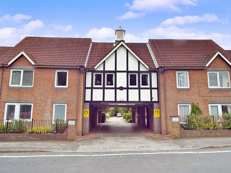 1 Bedroom Property for sale in Haldenby Court, Swanland, HU14 3PQ