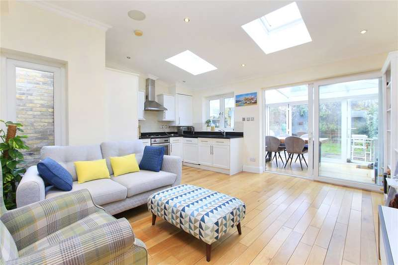 2 Bedrooms Flat for sale in Dalebury Road, Wandsworth Common, London, SW17