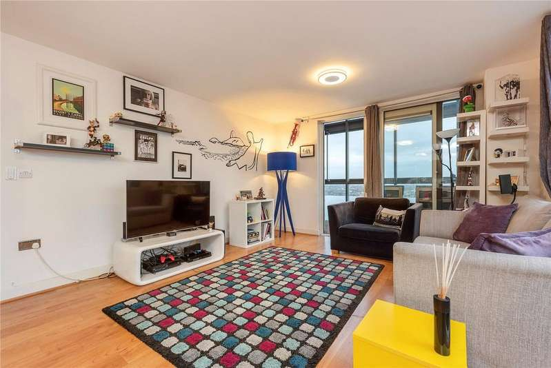 3 Bedrooms Flat for sale in Gaumont Tower, Dalston Square, Dalston, London, E8