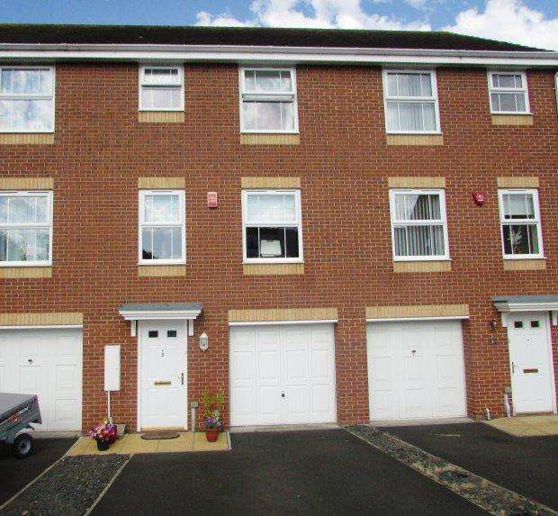 4 Bedrooms Terraced House for sale in DOUGLAS WAY, MURTON, SEAHAM DISTRICT