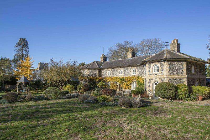 5 Bedrooms Detached House for sale in The Drift, Fornham St Martin