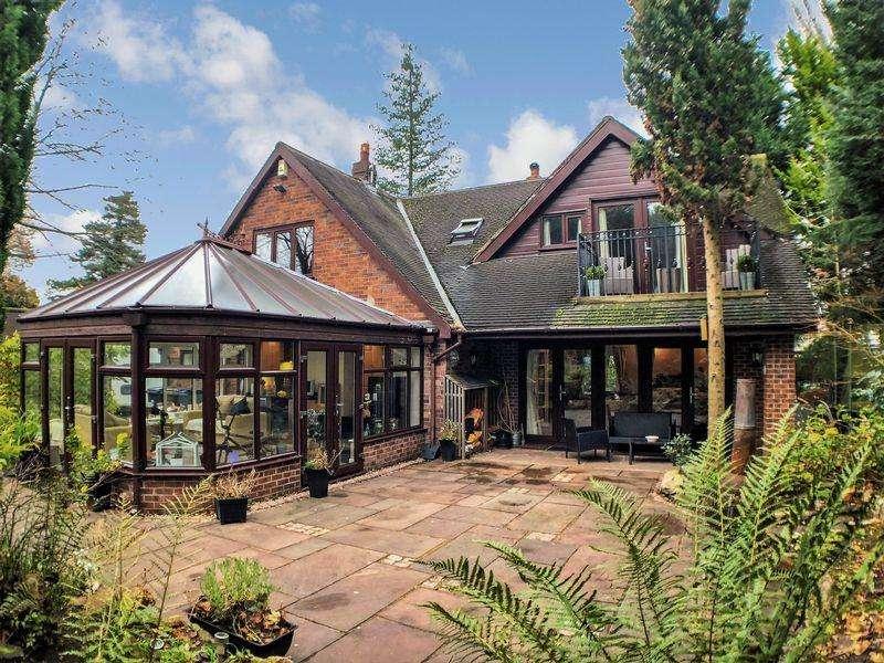3 Bedrooms Detached House for sale in Marshalls Close, Penwortham, Preston