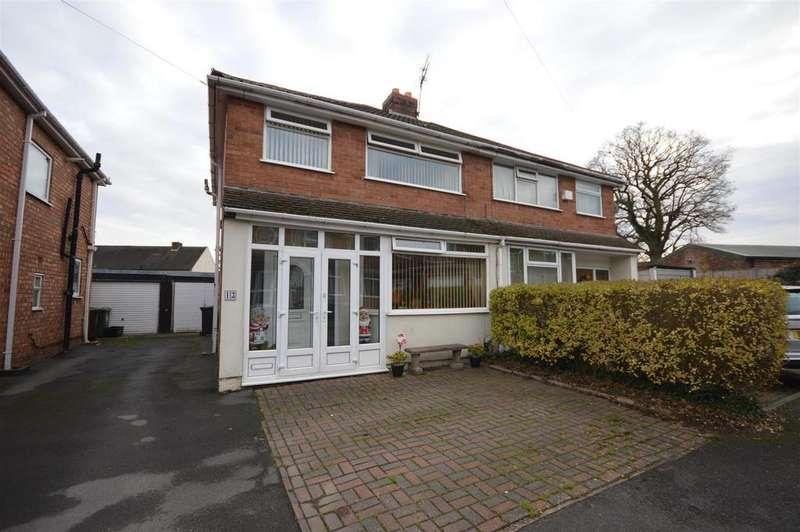3 Bedrooms Semi Detached House for sale in Mowe Croft, Birmingham