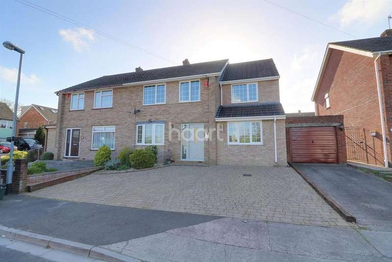 4 Bedrooms Semi Detached House for sale in Little Headley Close, Headley Park, BS13