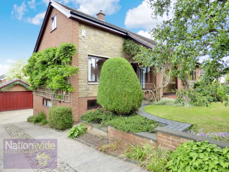 5 Bedrooms Detached House for sale in Sevenoaks, Chorley PR7 3NS