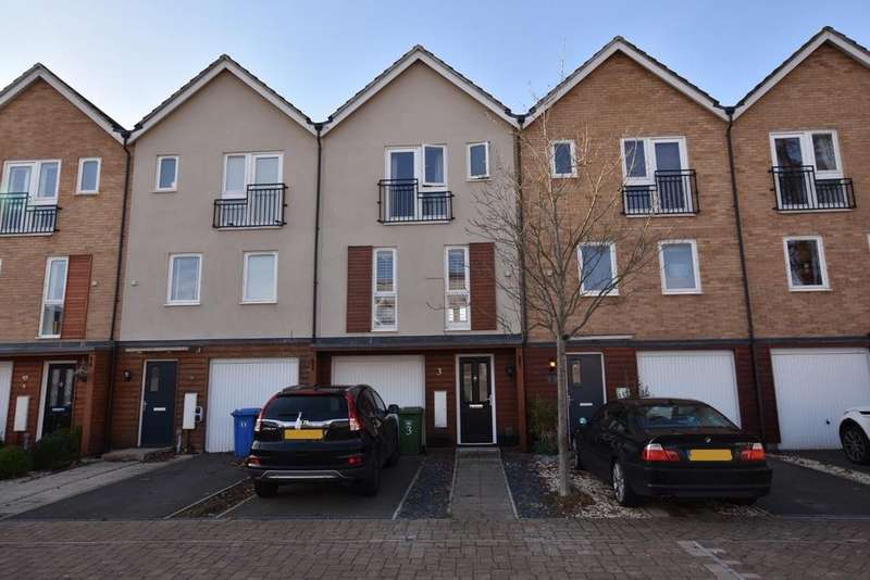 3 Bedrooms Town House for sale in TEMPEST MEWS, BRACKNELL RG12