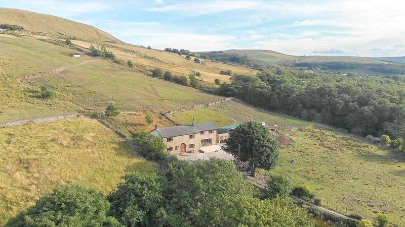 5 Bedrooms Detached House for sale in Hall Carr Road, Rawtenstall, Rossendale