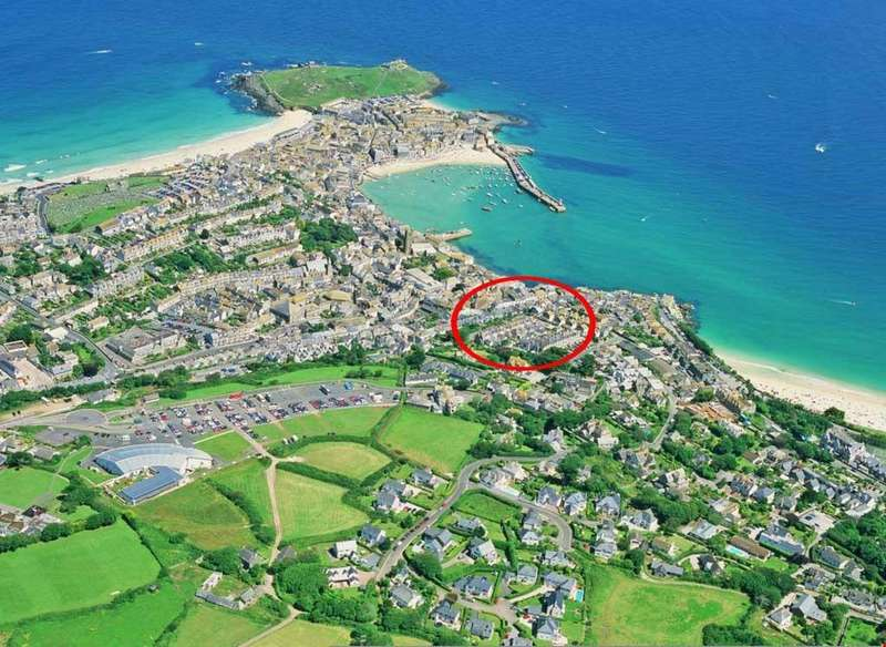 5 Bedrooms Town House for sale in Sea View Terrace, St Ives, West Cornwall