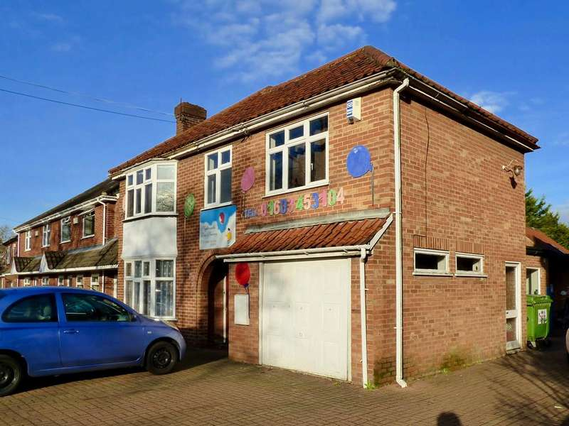 16 Bedrooms Detached House for sale in Bowthorpe Road, Norwich, NR5