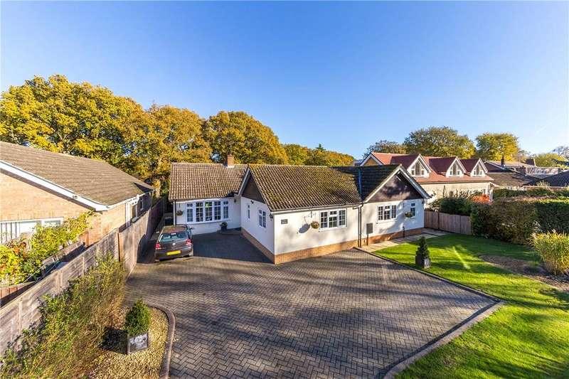 4 Bedrooms Bungalow for sale in Oakway, Studham, Dunstable, Bedfordshire