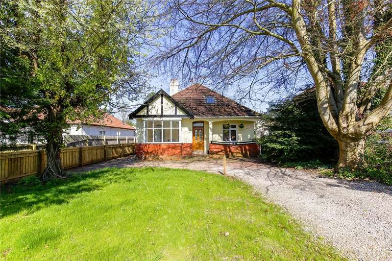 3 Bedrooms Bungalow for sale in Coombe Lane, Stoke Bishop, Bristol, BS9