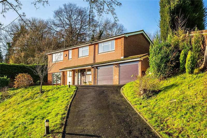 5 Bedrooms Detached House for sale in Upper Court Road, Woldingham, Caterham, Surrey, CR3