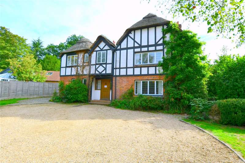 5 Bedrooms Detached House for sale in Linford Road, Ringwood, Hampshire, BH24