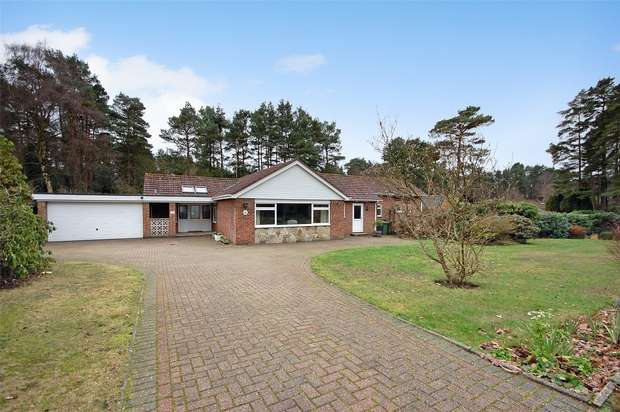 4 Bedrooms Detached Bungalow for sale in Grayshott, Hindhead, Hampshire