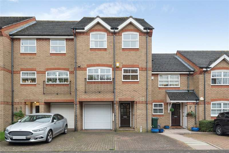 3 Bedrooms Town House for sale in Salters Close, Rickmansworth, Hertfordshire, WD3