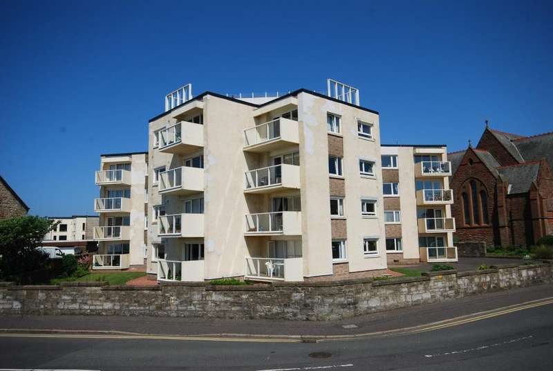 3 Bedrooms Penthouse Flat for sale in The Penthouse Apt 17 Marine View Court, Troon, KA10 6AY
