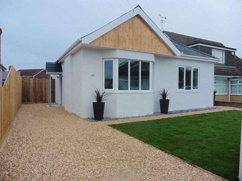 3 Bedrooms Detached Bungalow for sale in Headswell Crescent, Bournemouth