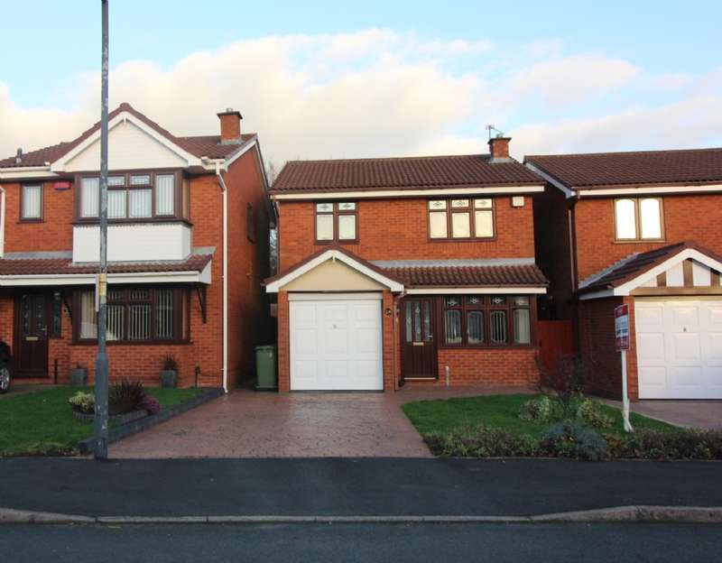 3 Bedrooms Detached House for sale in Lochalsh Grove, Coppice Farm