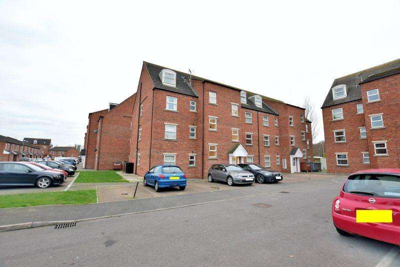 2 Bedrooms Apartment Flat for sale in Willow Tree Close, Bracebridge, Lincoln