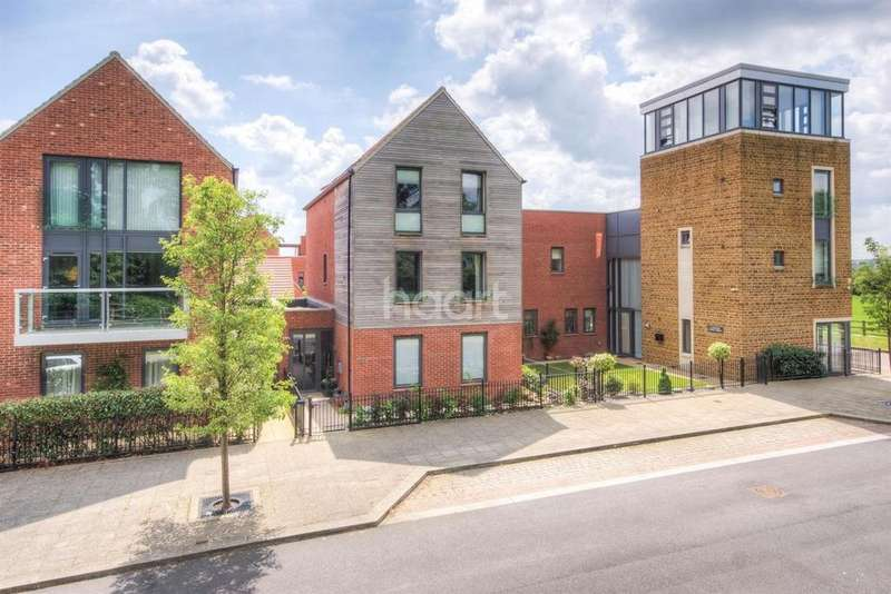 4 Bedrooms Detached House for sale in West Street, Northampton