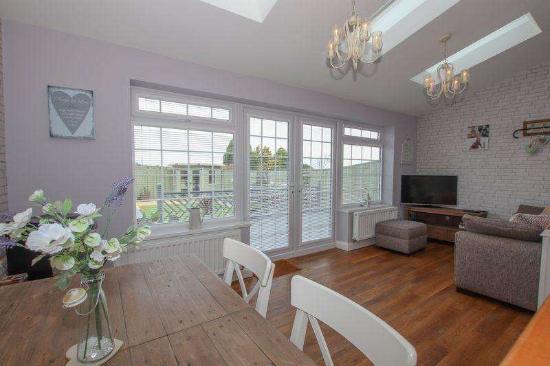 2 Bedrooms Terraced House for sale in Wand Hill Gardens, Boosbeck