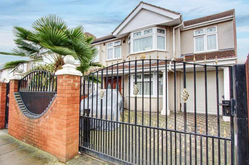 4 Bedrooms Semi Detached House for sale in Manor Avenue, Hounslow, TW4