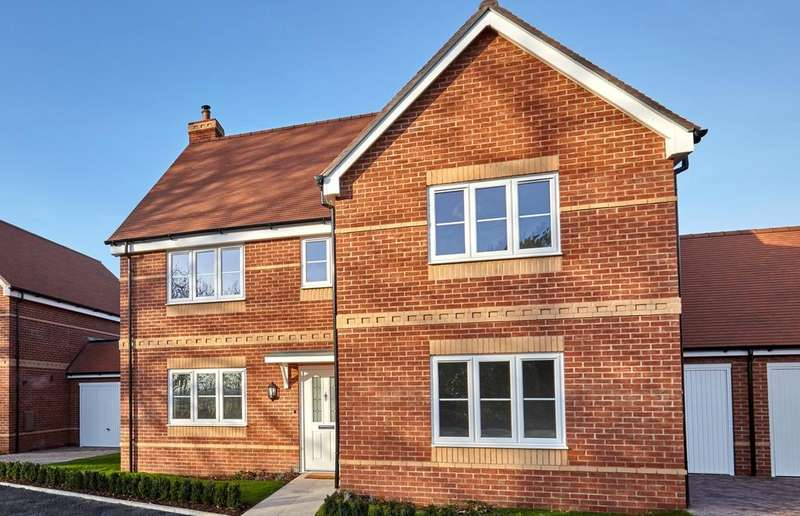 5 Bedrooms Detached House for sale in Pitts Lane, Earley, Reading, RG6