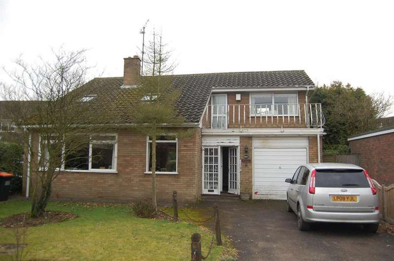 3 Bedrooms Detached House for sale in Sharpenhoe Road, Streatley, Luton
