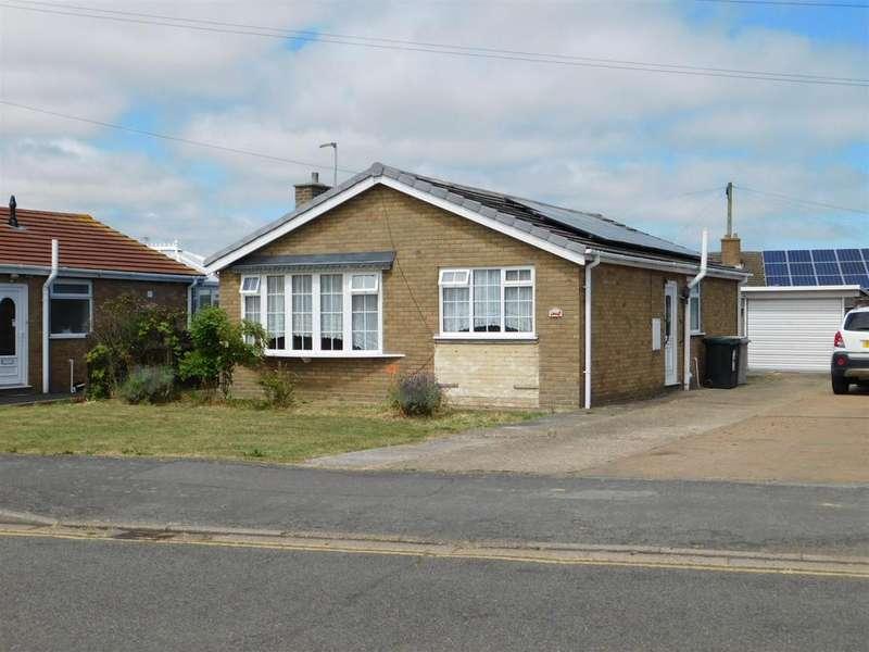 2 Bedrooms Detached Bungalow for sale in Hurdman Way, Ingoldmells, Skegness, PE25 1NH