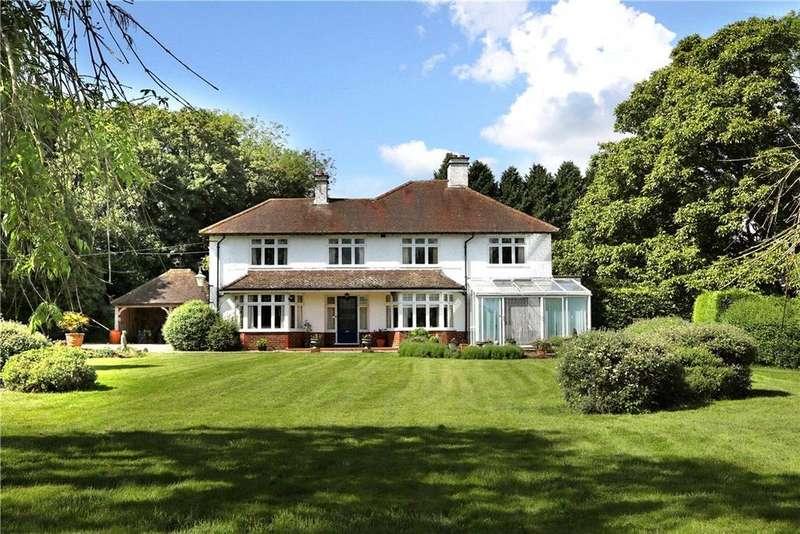 5 Bedrooms Detached House for sale in Shalden Green Road, Shalden, Alton, Hampshire, GU34