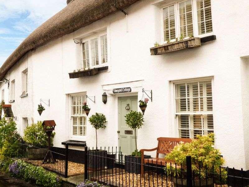 3 Bedrooms Property for sale in Winkleigh, Devon