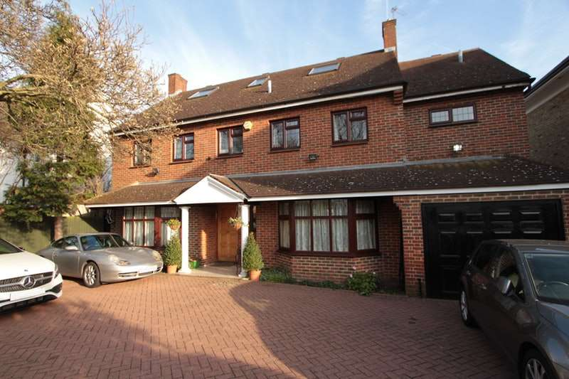 6 Bedrooms Detached House for sale in Park View Road, London, London, W5