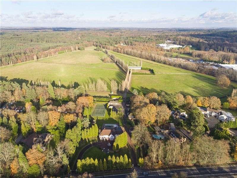 6 Bedrooms Detached House for sale in Bracknell Road, Bagshot, Surrey, GU19