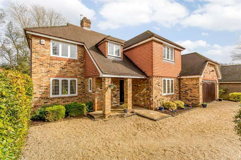 5 Bedrooms Detached House for sale in Appleton Close, Little Chalfont, Buckinghamshire, HP7