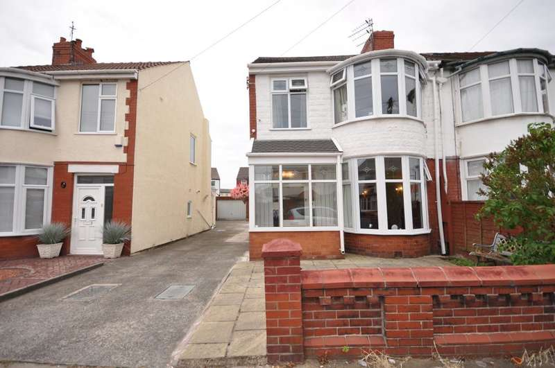 5 Bedrooms Semi Detached House for sale in Fernhurst Avenue, South Shore, Blackpool, Lancashire, FY4 3AY